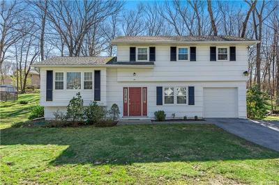 Westchester County Single Family Home For Sale: 34 Winthrop Drive