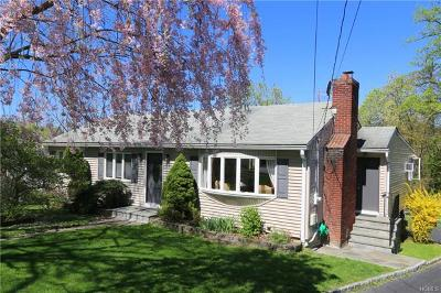 Croton-On-Hudson Single Family Home For Sale: 8 Laurel Hill Road