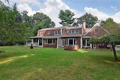 Single Family Home For Sale: 52 Mulligan Lane