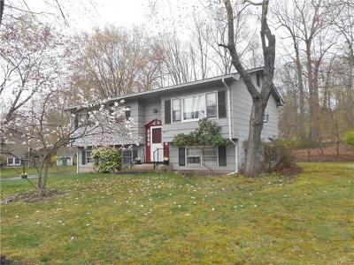 Suffern NY Single Family Home For Sale: $349,000