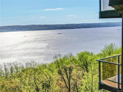 Single Family Home Contract: 15 Tweed Boulevard