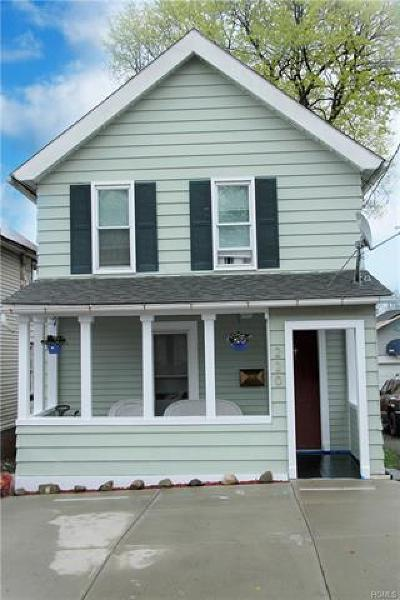 Middletown NY Single Family Home For Sale: $155,000