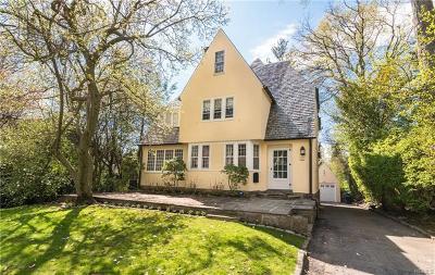 Pelham Single Family Home For Sale: 257 Eastland Avenue