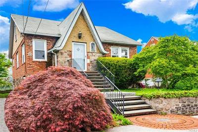 Yonkers Single Family Home For Sale: 45 Joan Drive