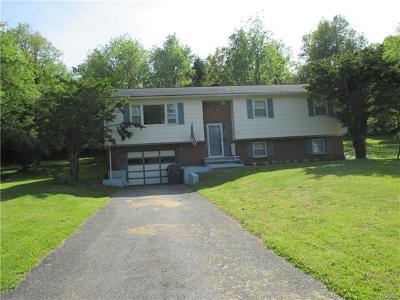 Pine Island Single Family Home For Sale: 553 Newport Bridge Road
