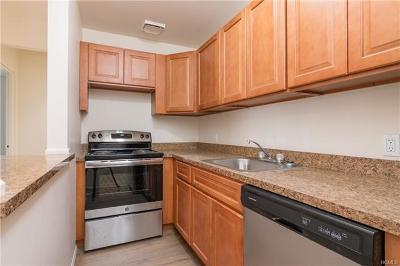 Westchester County Rental For Rent: 144 Trenchard Street #3H