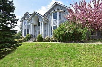 Tarrytown Single Family Home For Sale: 78 Roundabend Road