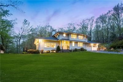 Armonk Single Family Home For Sale: 5 Pioneer Place
