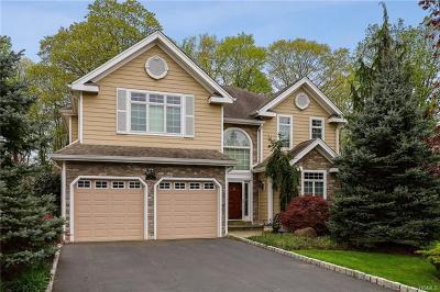 Blauvelt Single Family Home For Sale: 8 Murphy Court