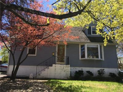 Spring Valley Single Family Home For Sale: 12 East Hickory Street