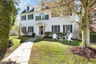 Connecticut Single Family Home For Sale: 15 Elizabeth Lane