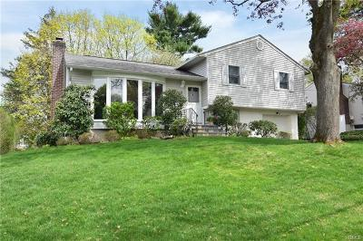 Hartsdale Single Family Home For Sale: 9 Alden Place