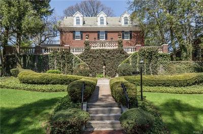 Bronxville Single Family Home For Sale: 12 Plateau Circle East