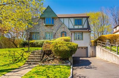 New Rochelle Single Family Home For Sale: 39 Old Orchard Road