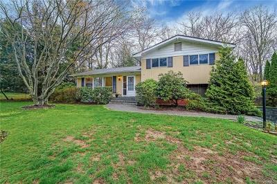 Yorktown Heights NY Single Family Home For Sale: $495,000
