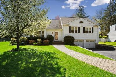 New Rochelle Single Family Home For Sale: 1109 Pinebrook Boulevard