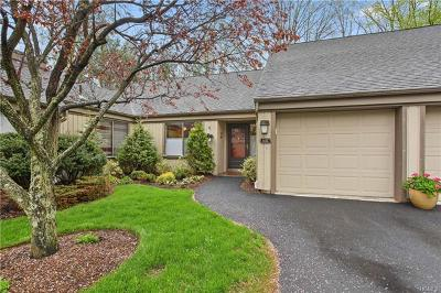 Somers Condo/Townhouse For Sale: 352 Heritage Hills #C