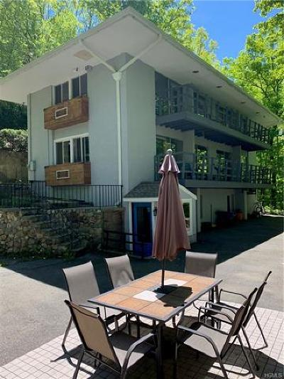 Cortlandt Manor Single Family Home For Sale: 77 Carolyn Drive