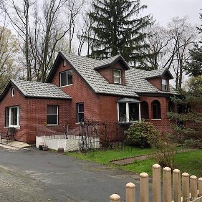 Monticello NY Single Family Home For Sale: $300,000