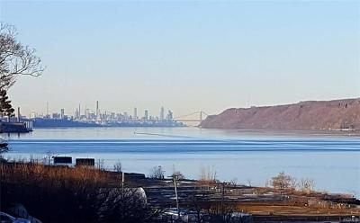 Hastings-On-Hudson Co-Operative For Sale: 61 Maple Avenue #2A