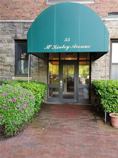White Plains Condo/Townhouse For Sale: 55 McKinley Avenue #D1-11