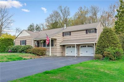 Mohegan Lake Single Family Home For Sale: 3743 Chesterfield Drive
