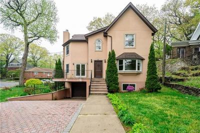 Yonkers Single Family Home For Sale: 75 Hillcrest Avenue