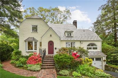 Larchmont Single Family Home For Sale: 16 Greystone Road