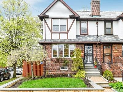Bronx Single Family Home For Sale: 1821 Narragansett Avenue