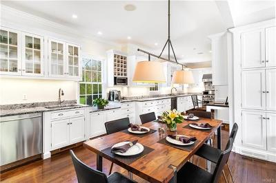 Bedford Hills Single Family Home For Sale: 365 Cantitoe Street