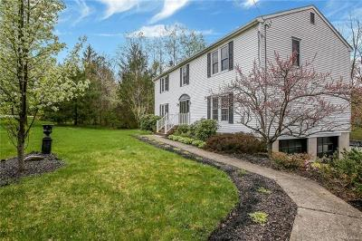 Middletown Single Family Home For Sale: 239 Toad Pasture Road