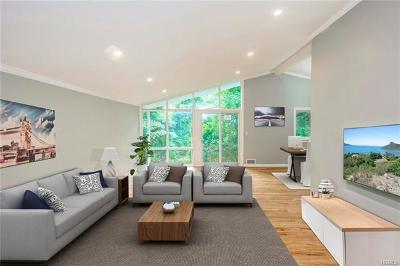 New Rochelle Single Family Home For Sale: 9 Arbor Drive