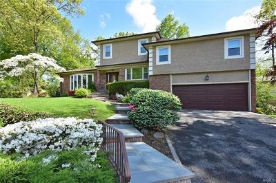New Rochelle Single Family Home For Sale: 15 Andrea Court