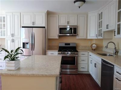 Peekskill Condo/Townhouse For Sale: 9 Pheasant Walk