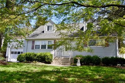 West Nyack Single Family Home For Sale: 18 Klein Avenue