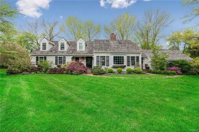 Westchester County Single Family Home For Sale: 13 Hunt Farm Road