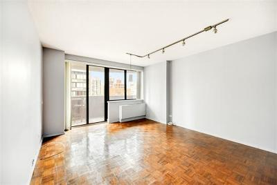 New York Condo/Townhouse For Sale: 233 East 86th Street #15B