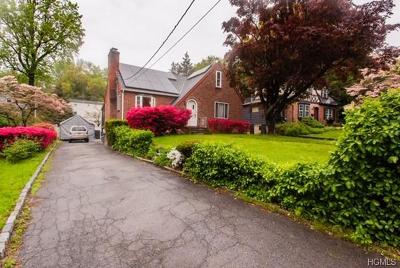 Yonkers Single Family Home For Sale: 46 Brynwood Road