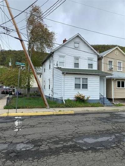 Highland Falls Single Family Home For Sale: 1 Redoubt Street