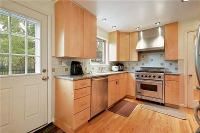 Larchmont Single Family Home For Sale: 2218 Boston Post Road
