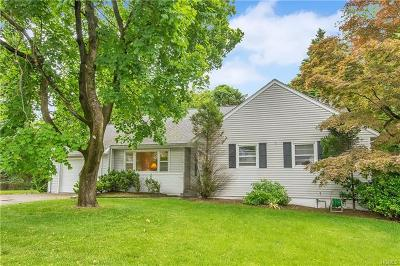 White Plains Single Family Home For Sale: 2 Beverly Road