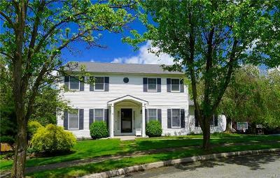 Warwick Single Family Home For Sale: 16 William Close