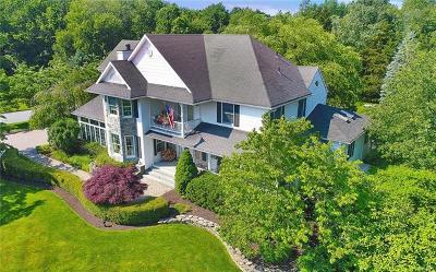 Warwick Single Family Home For Sale: 16 Meadow Ridge Road