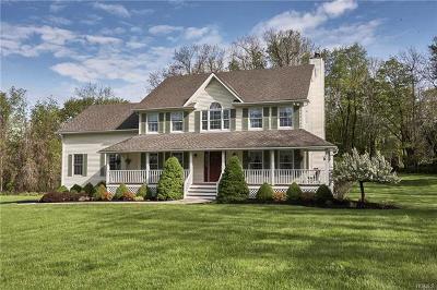 Warwick Single Family Home For Sale: 198 Newport Bridge Road