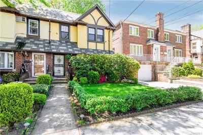 Morris Park Single Family Home For Sale: 1925 Tenbroeck Avenue