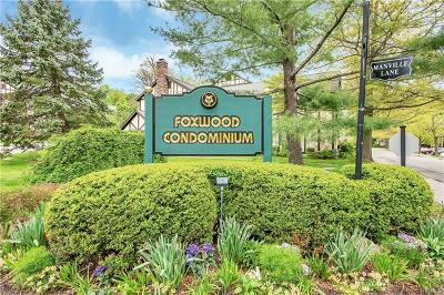 Pleasantville Condo/Townhouse For Sale: 9 Foxwood Drive #6