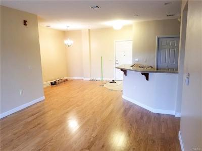 Middletown Condo/Townhouse For Sale: 912 Tower Ridge Circle