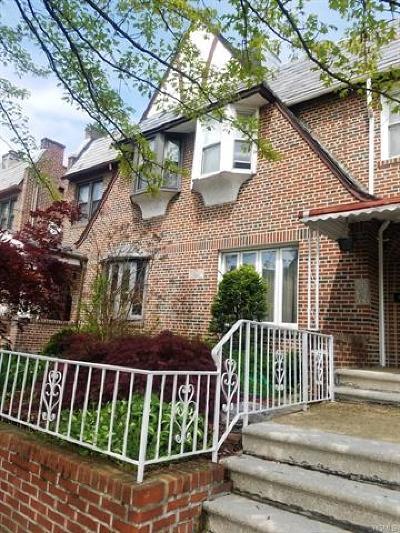 Bronx Single Family Home For Sale: 3224 Fish Avenue