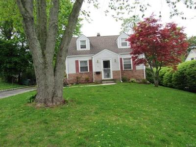 Ossining Single Family Home For Sale: 8 Watson Avenue