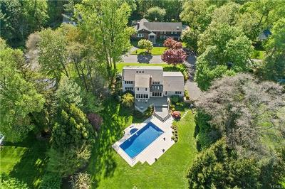Scarsdale Single Family Home For Sale: 15 Hearthstone Circle